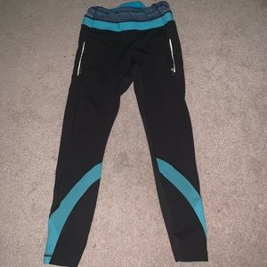 black and teal lulu lemon leggings